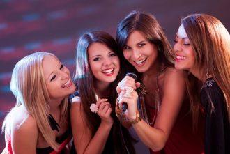 Karaoke para despedida de solteras