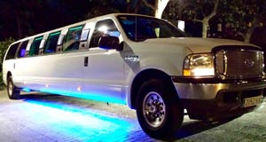 limusina ford excursion